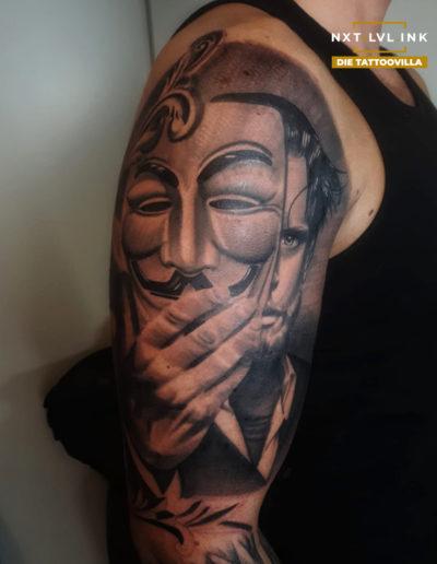 Kleanthis - Typ mit Maske