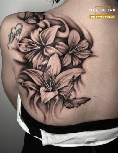 Petros - Blumen Rücken