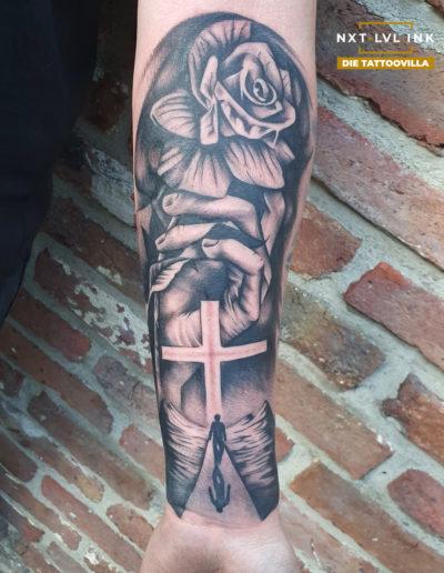 Petros - Kreuz Rose Hand